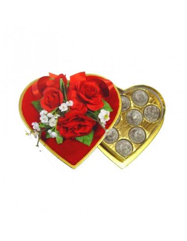Coeur de velours décoré avec des truffes